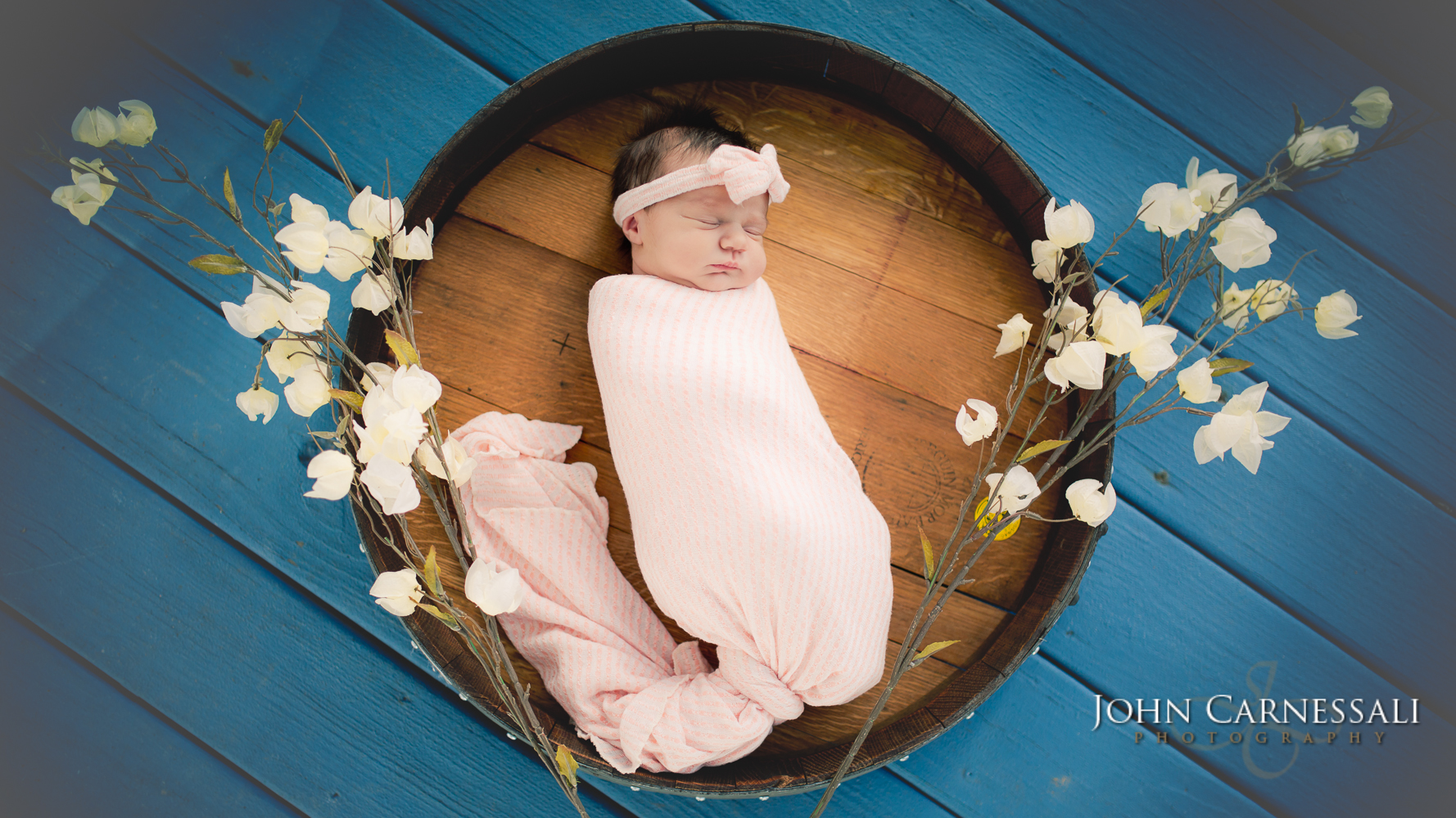 Syracuse Newborn and Family Photographer